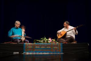 کیهان کلهر کنسرتش را به بهمن رجبی تقدیم کرد